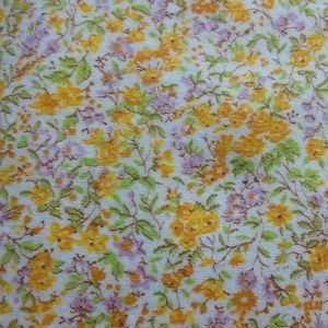 Approx 4.5 yards VINTAGE Flannel small scale print